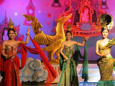 走进金东尼泰国人妖表演剧场(组图实拍) 泰国金东尼人妖表演