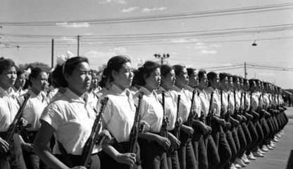 国庆阅兵首次出现女民兵方队队员说往事 阅兵方队