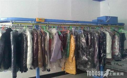 干洗店真的是干洗嗎 干洗店干洗衣服的原理