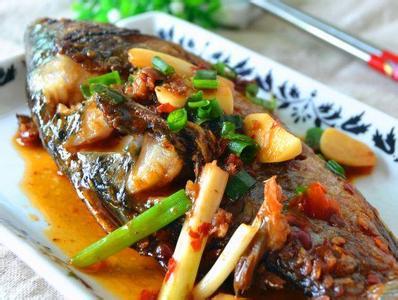 红烧鱼的家常做法 红烧鱼的家常做法有哪些